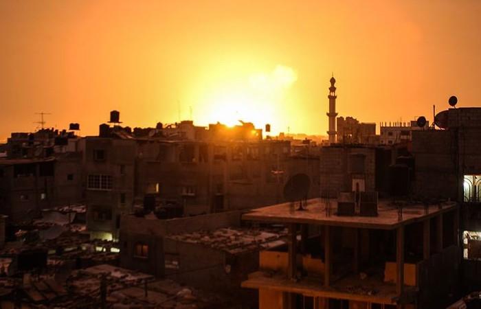İsrail güçleri Gazze'yi vurdu