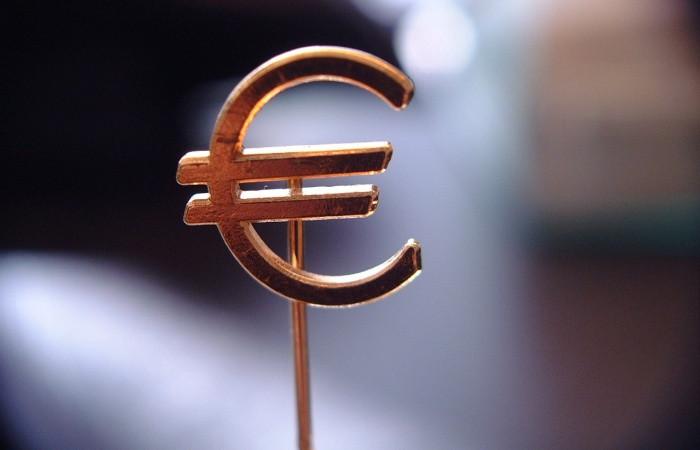 Euro Bölgesi 4. çeyrekte yüzde 0,2 büyüdü
