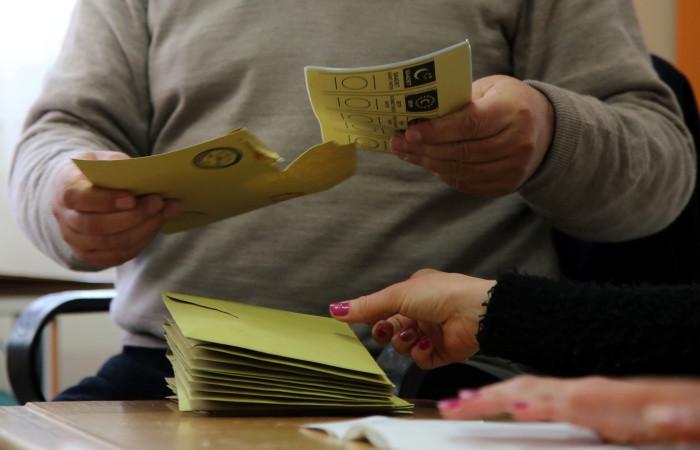AK Parti, Ankara sonuçlarına itiraz edecek
