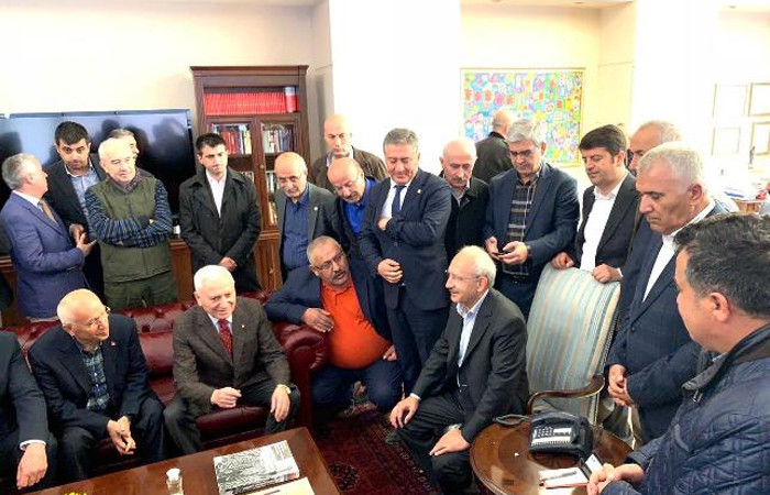 Kılıçdaroğlu, genel merkezde
