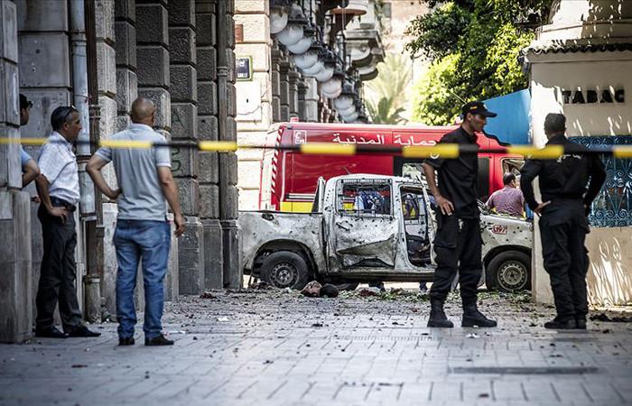 Tunus'un başkentinde intihar saldırıları