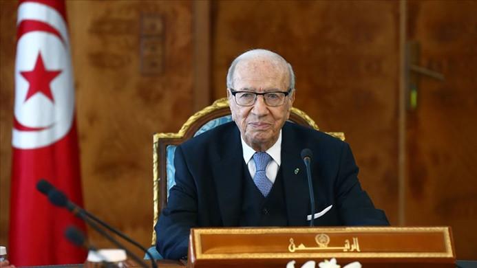 Tunus Cumhurbaşkanı es-Sibsi hayatını kaybetti