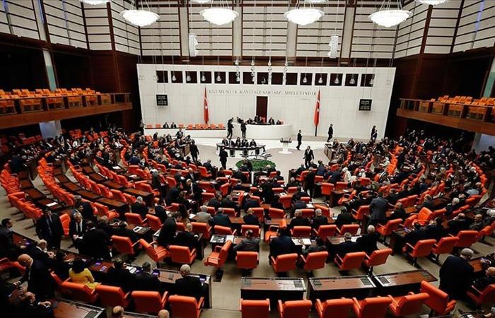 Meclis'te Libya tartışması