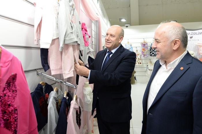 İlkbahar-yaz modası Bursa'da sergileniyor