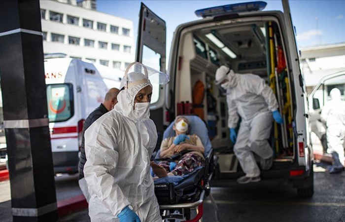 COVID-19 salgınında son 24 saatte 72 can kaybı, 2 bin 319 yeni hasta