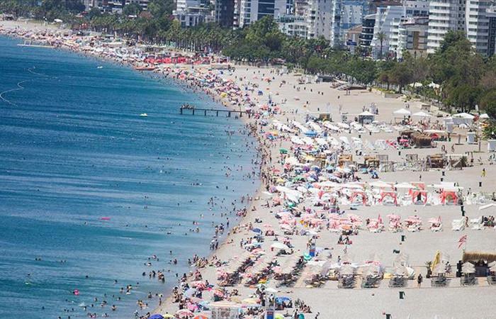 Turizm gelirleri üçüncü çeyrekte yıllık yüzde 71,2 düştü