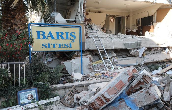 İzmir'deki deprem sonrası dünyadan destek mesajları
