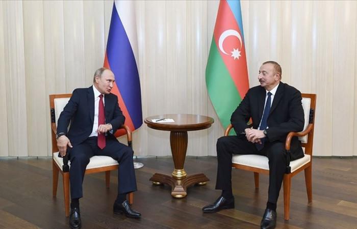 Putin ve Aliyev Dağlık Karabağ'daki durumu görüştü