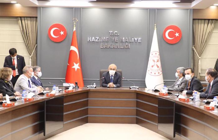 Hazine ve Maliye Bakanı Lütfi Elvan göreve başladı