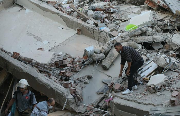 İzmir depremi soruşturmasında 9 gözaltı