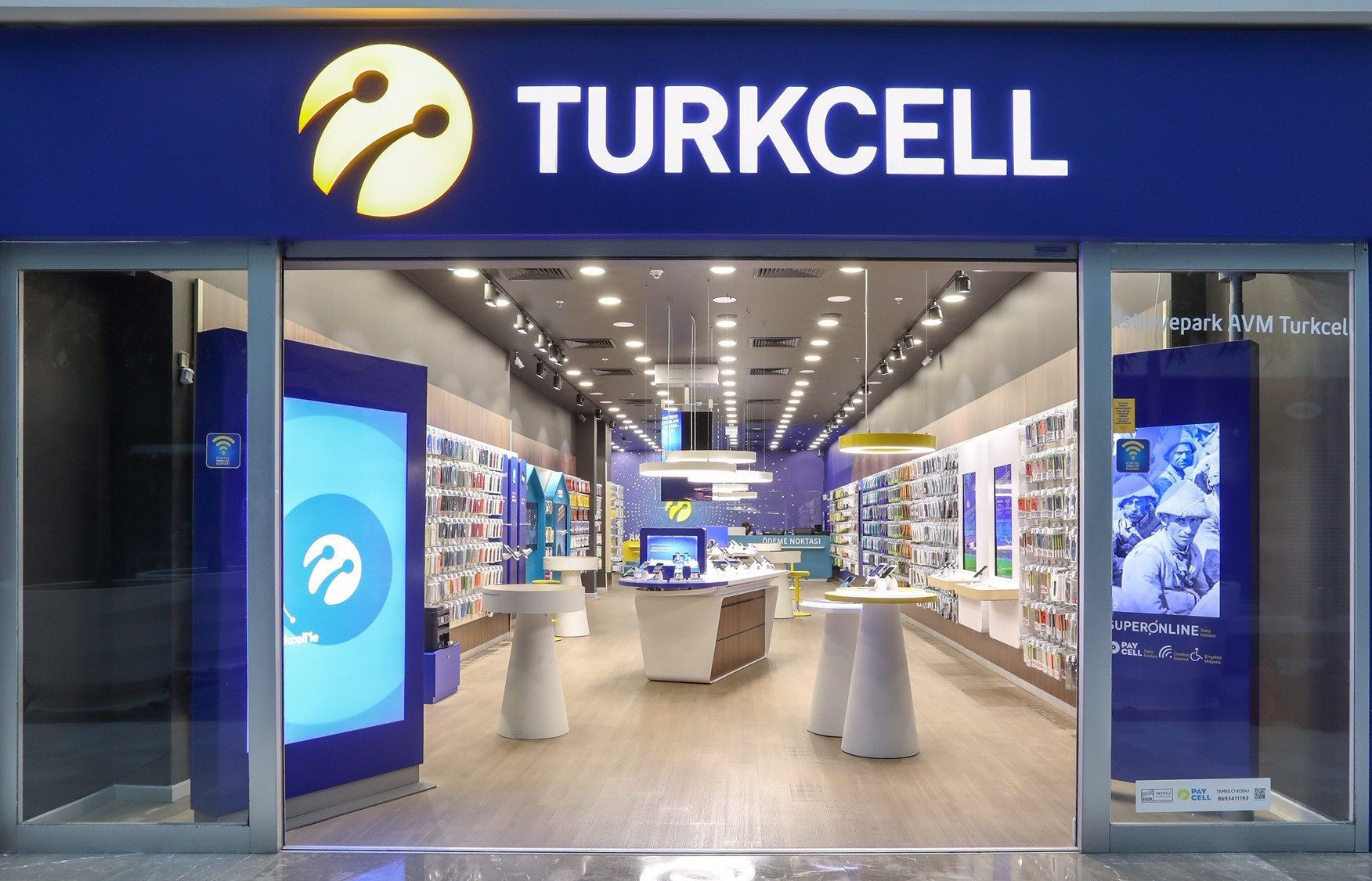 Turkcell, 9 ayda 1,1 milyon net faturalı müşteri kazandı