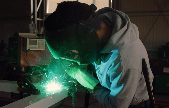 Sanayi üretiminde yüzde 8.6 artış