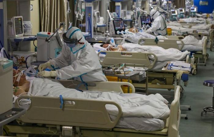 Koronavirüs salgını nedeniyle can kaybı 2444'e ulaştı