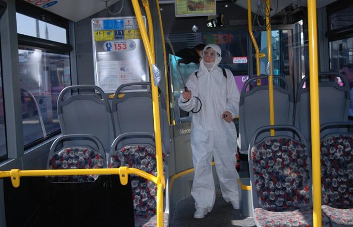 İstanbul'da toplu taşıma araçlarında dezenfeksiyon çalışmaları sürüyor