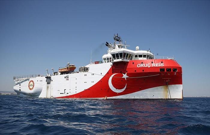 """""""Yunan ve Türk savaş gemileri arasında 'küçük bir kaza' yaşandı"""""""