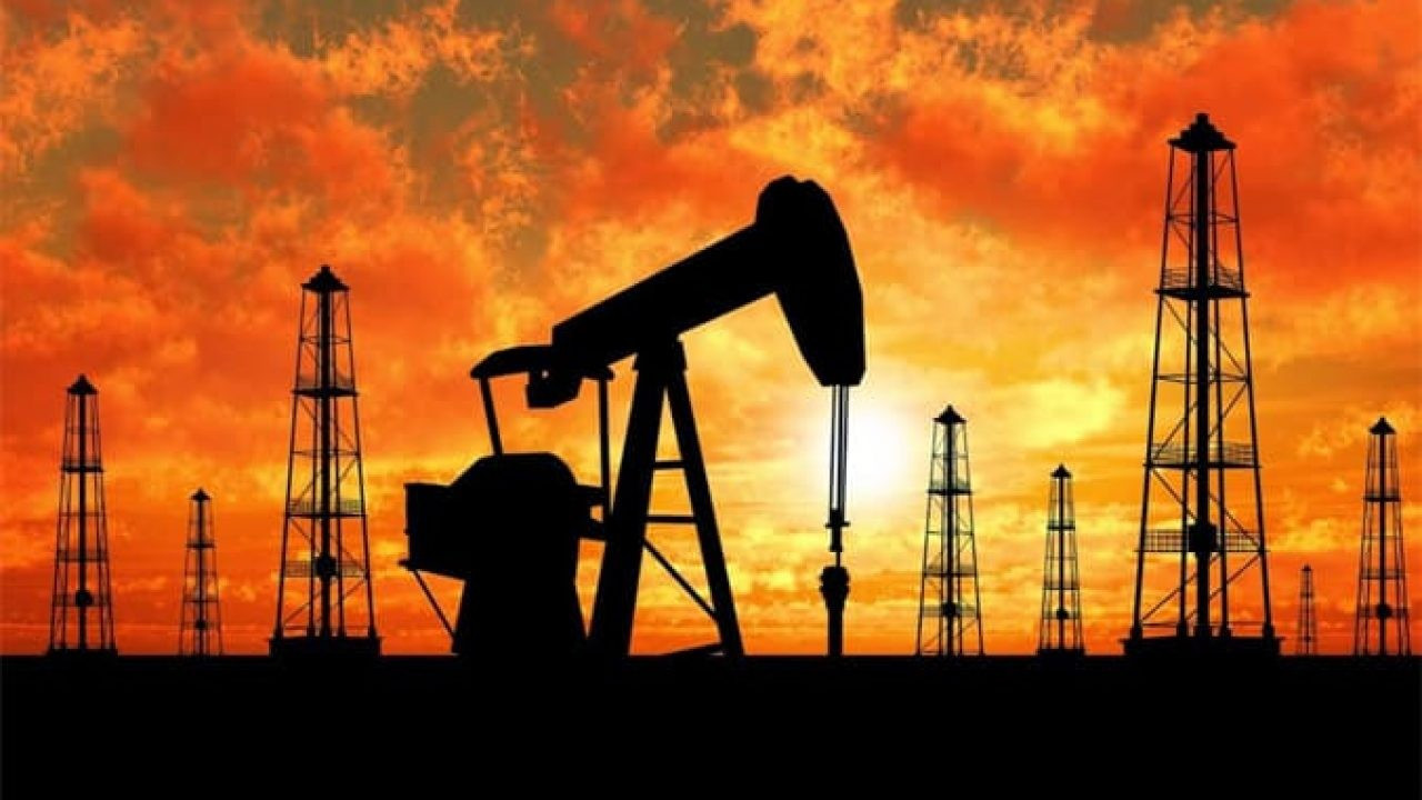 Arz kısıntısı haberleri petrolü yükseltti