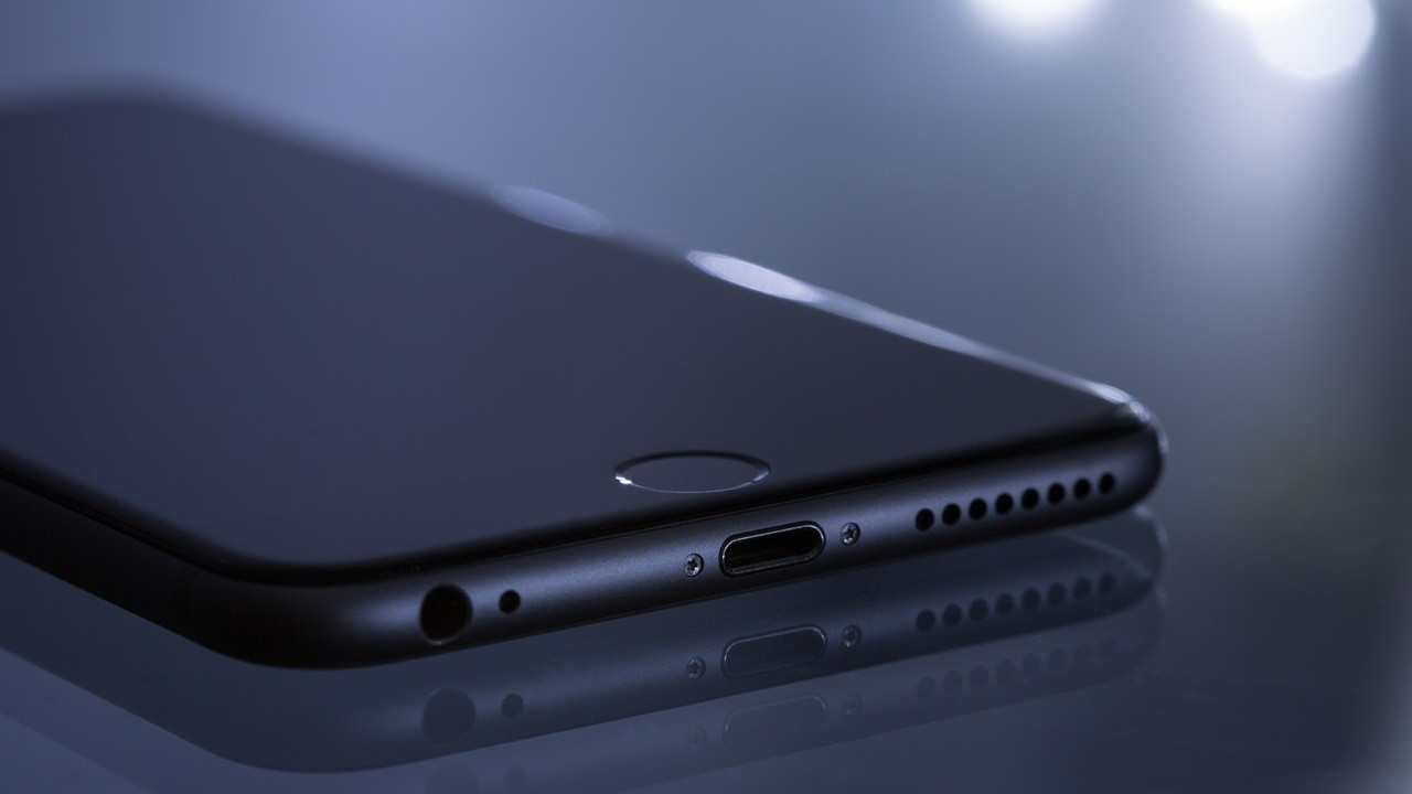 Apple pazardaki yerini Çinlilere kaptırdı