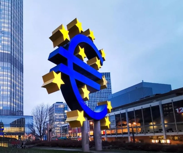 Euro Bölgesi'nde enflasyon 13 yılın zirvesinde