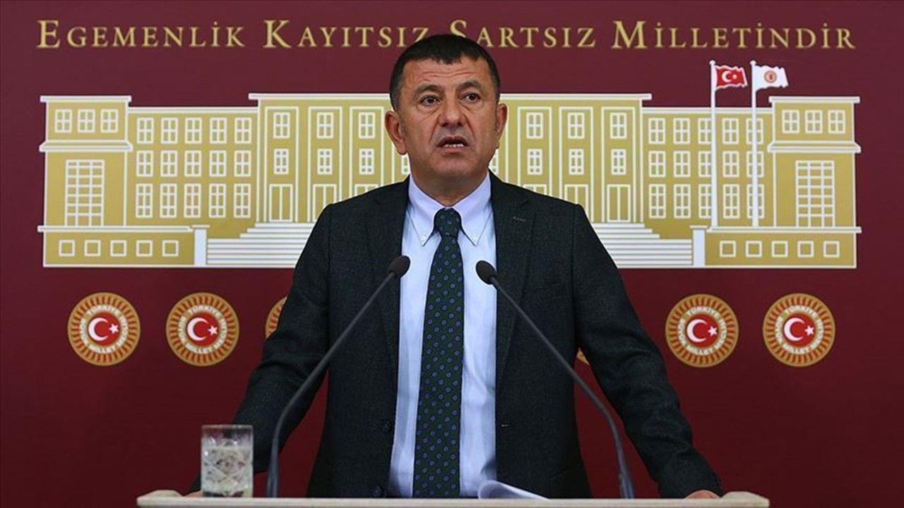 Ağbaba: Karataş Belediyesi'nden yurt dışına giden 20 kişi dönmedi