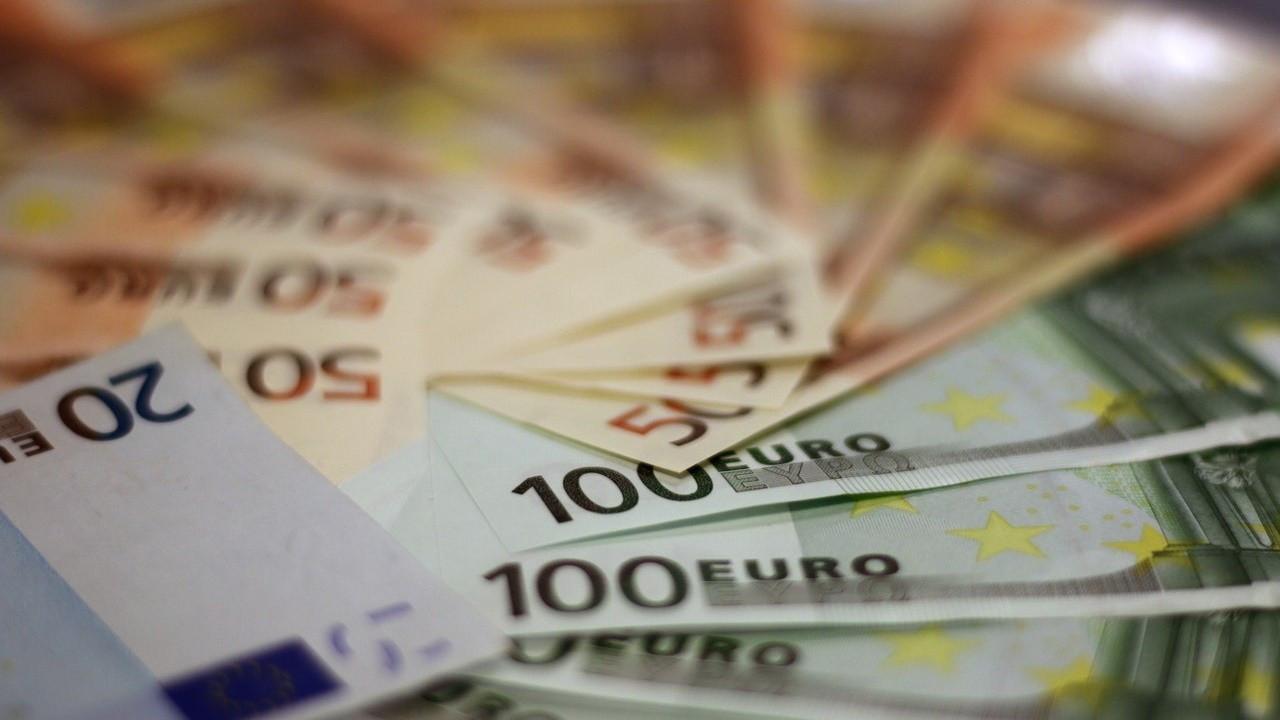 Euro bankaları kötü kredilerle boğuşacak