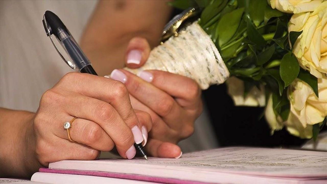 Düğünlerde yemek ve ikram yasağı kalktı