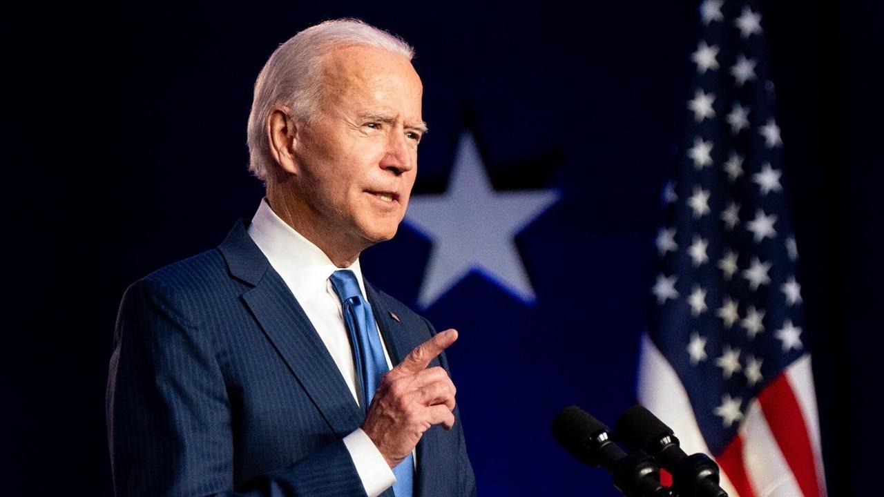 Fitch: Biden'ın önceliği salgına müdahale olacaktır