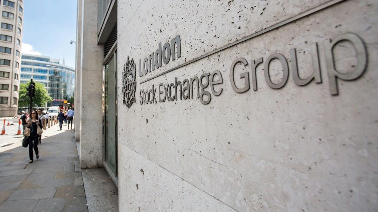 Londra Borsası'nın 27 milyar dolarlık satın almasına şartlı onay