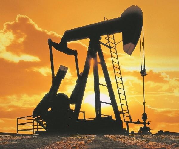 Petrol, Delta ve açılma arasında 75 dolarda tutundu