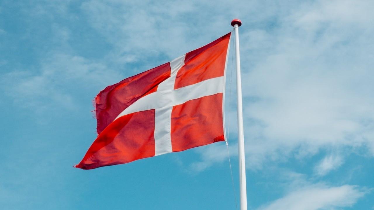 Danimarka, BAE'ye uçuş yasağını uzattı