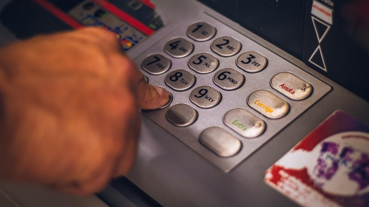 ATM'den işlem ücretleri artırıldı