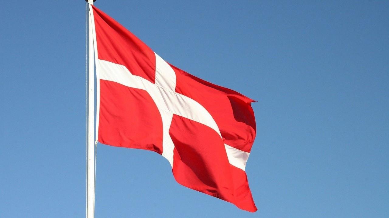 Danimarka COVID-19 kısıtlamalarını uzattı