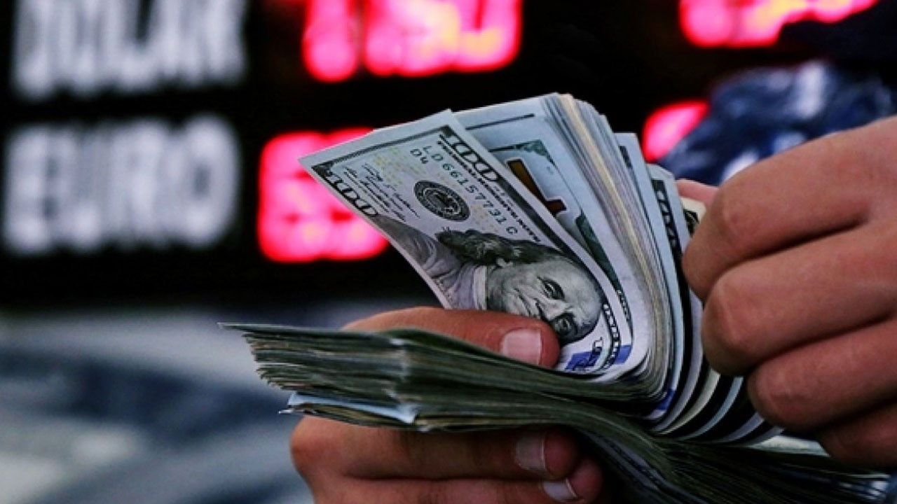 Dolar/TL 8,40 seviyesini aştı