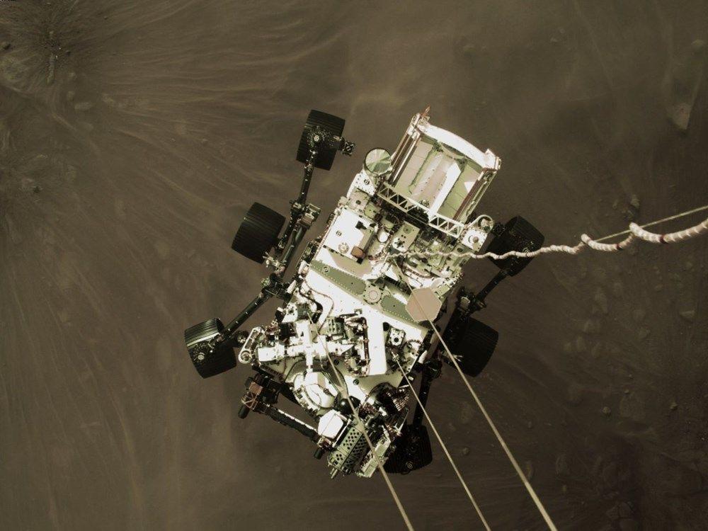 NASA Mars'tan ilk fotoğrafları paylaştı - Sayfa 1