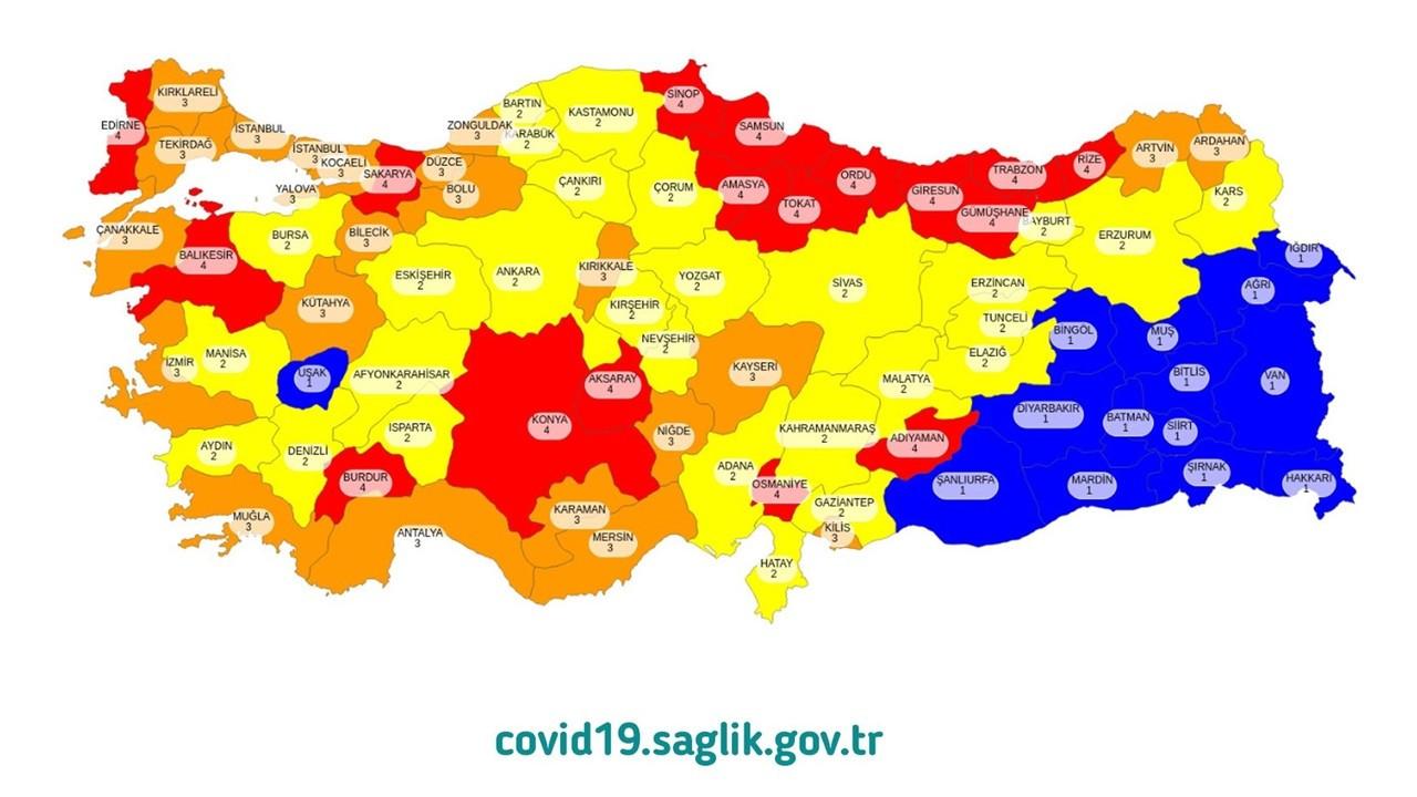 Sağlık Bakanı Koca, COVID-19 risk haritasını paylaştı