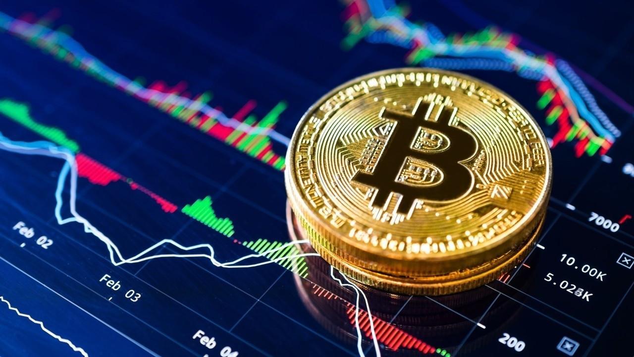 Bitcoin fiyatları yüzde 14'lük kayıptan kısmen toparlandı