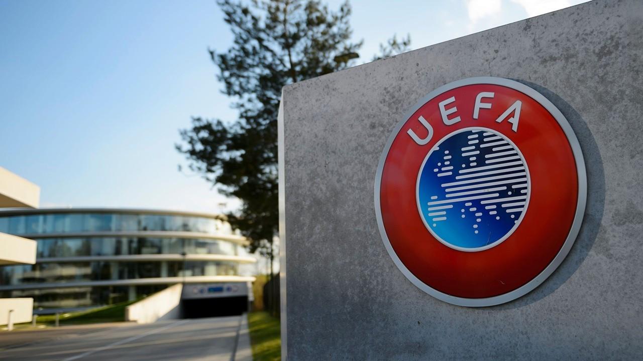 Yeni kurulan lig oyuncularına Dünya Kupası ve Avrupa Şampiyonası yasağı