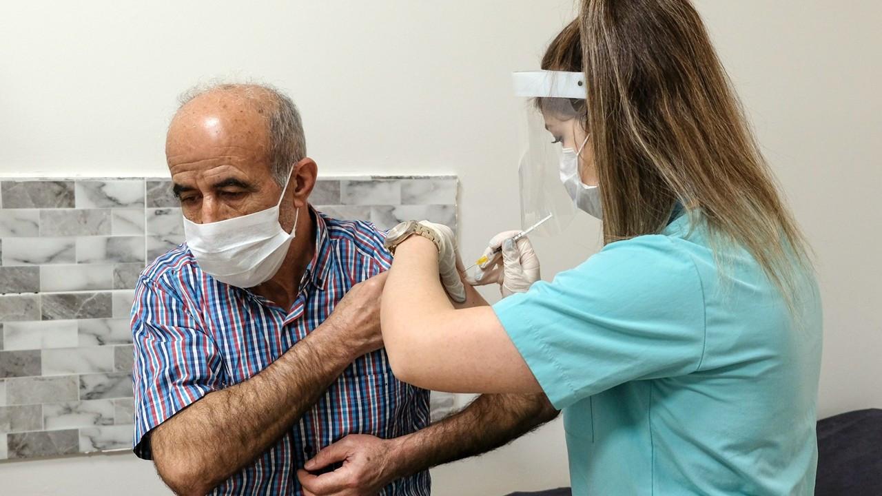 Türkiye'de yapılan COVID-19 aşısı 20 milyonu aştı