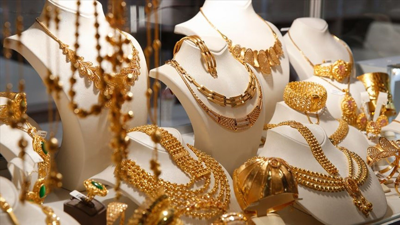 Martta 340 milyon dolarlık mücevher ihraç edildi