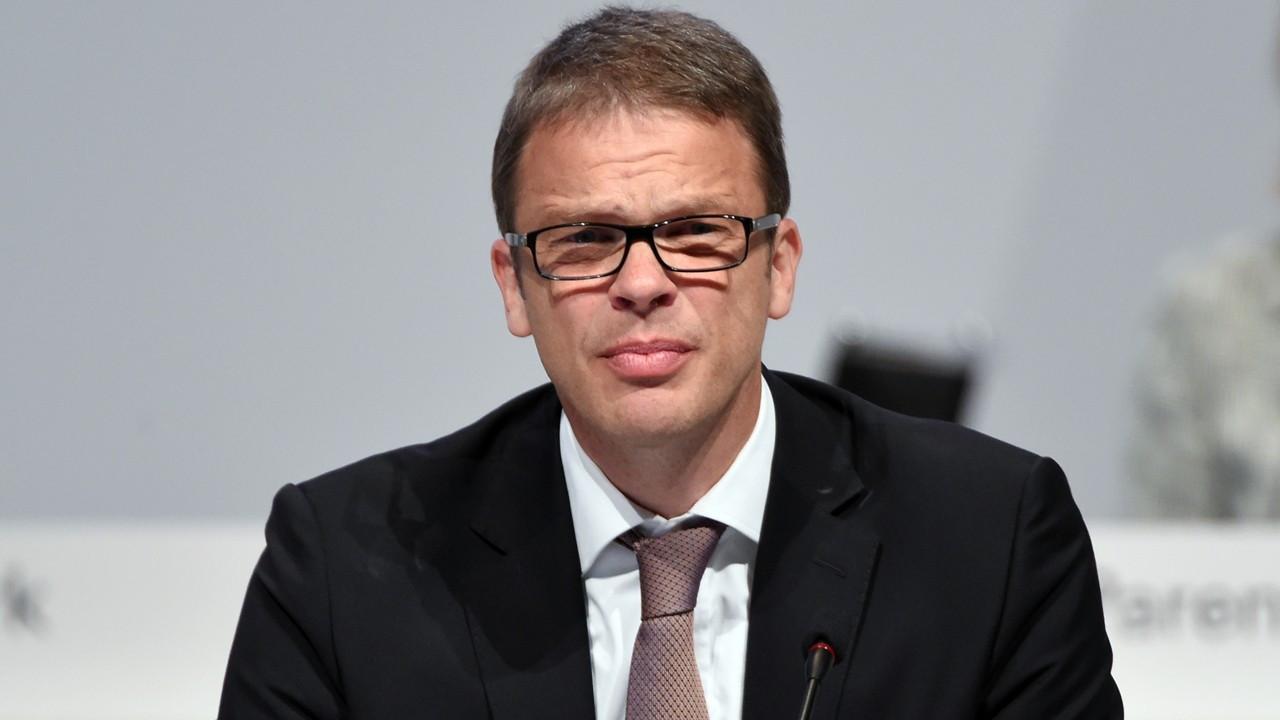 Alman Bankalar Birliği Başkanlığı'na Christian Sewing seçildi