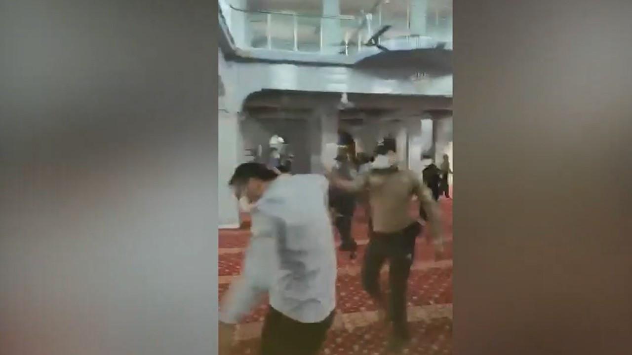 Furkan Vakfı üyelerine camide müdahale