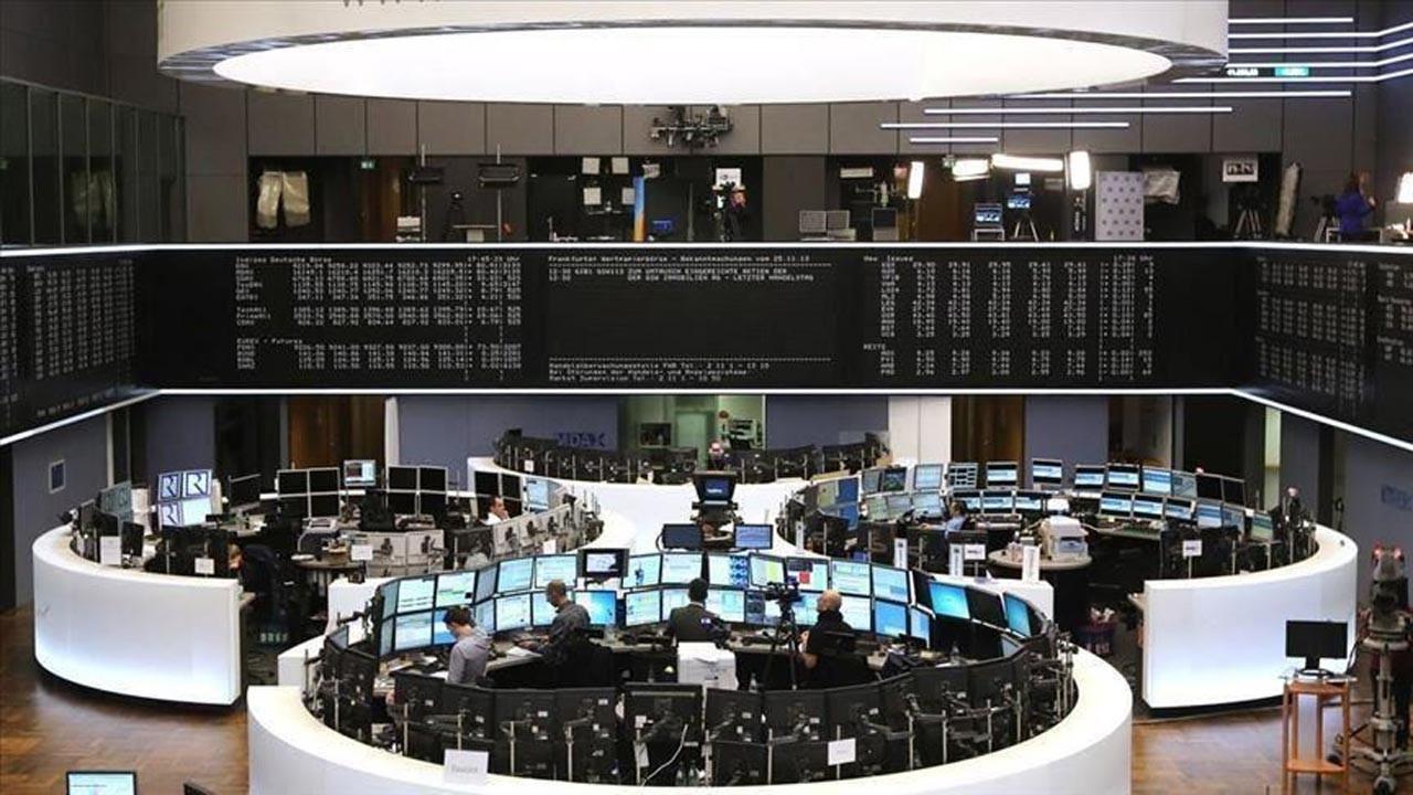 Avrupa borsaları teknoloji hisseleri satışıyla sert düştü
