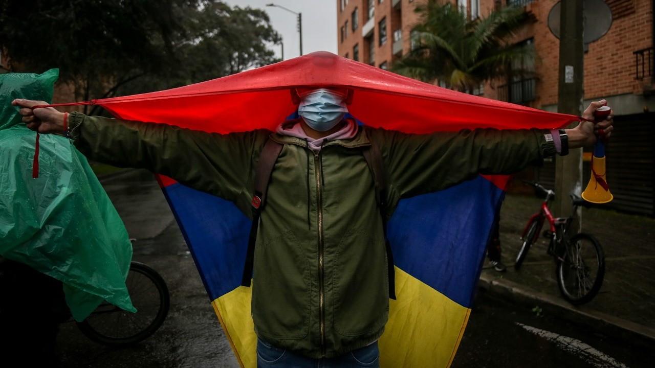 Kolombiya'da vergi reformu karşıtı gösterilerde 17 kişi öldü