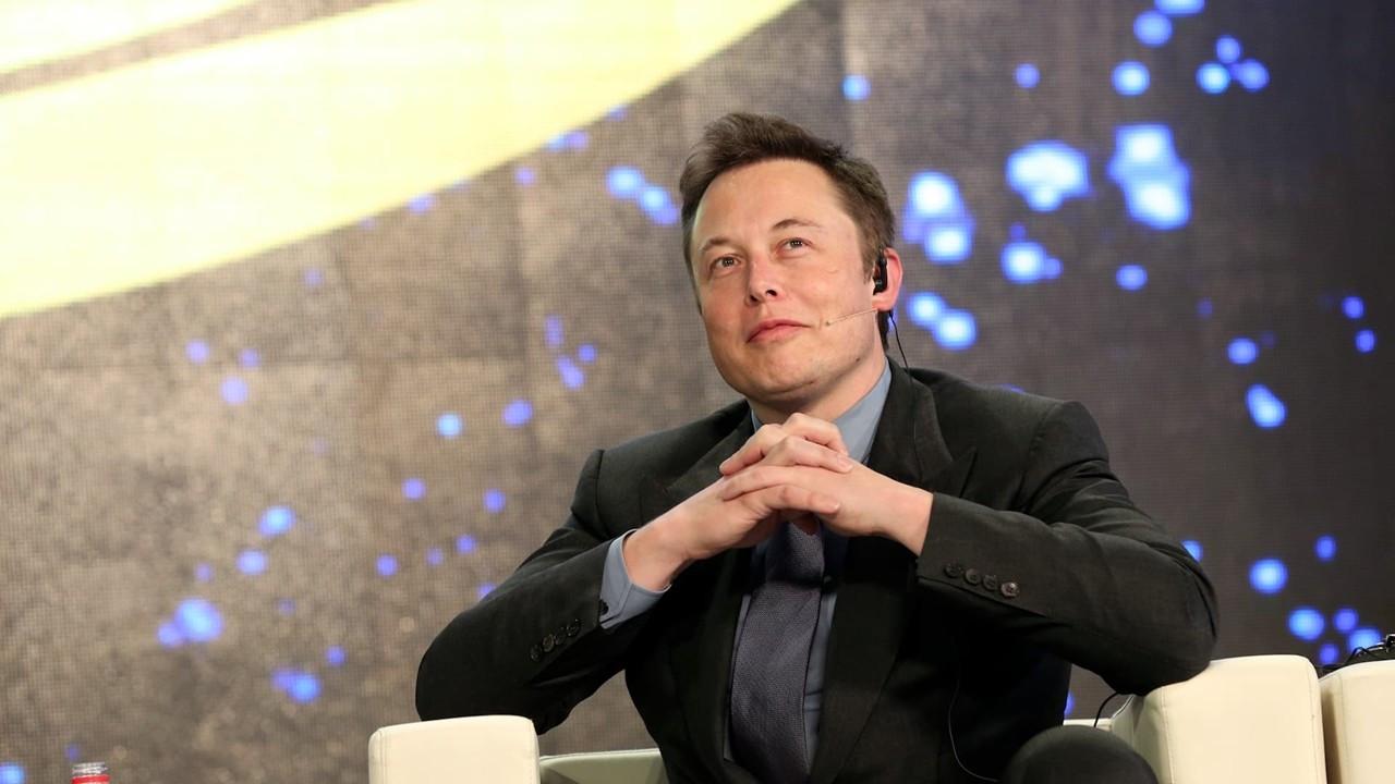 Musk, Tesla için Dogecoin anketi başlattı