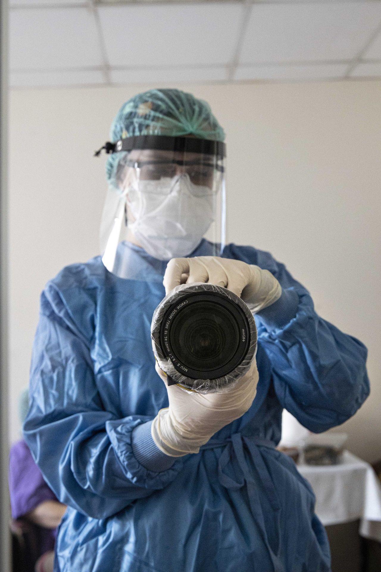Fotoğraflarla sağlık çalışanlarının COVID-19'la mücadelesi - Sayfa 4