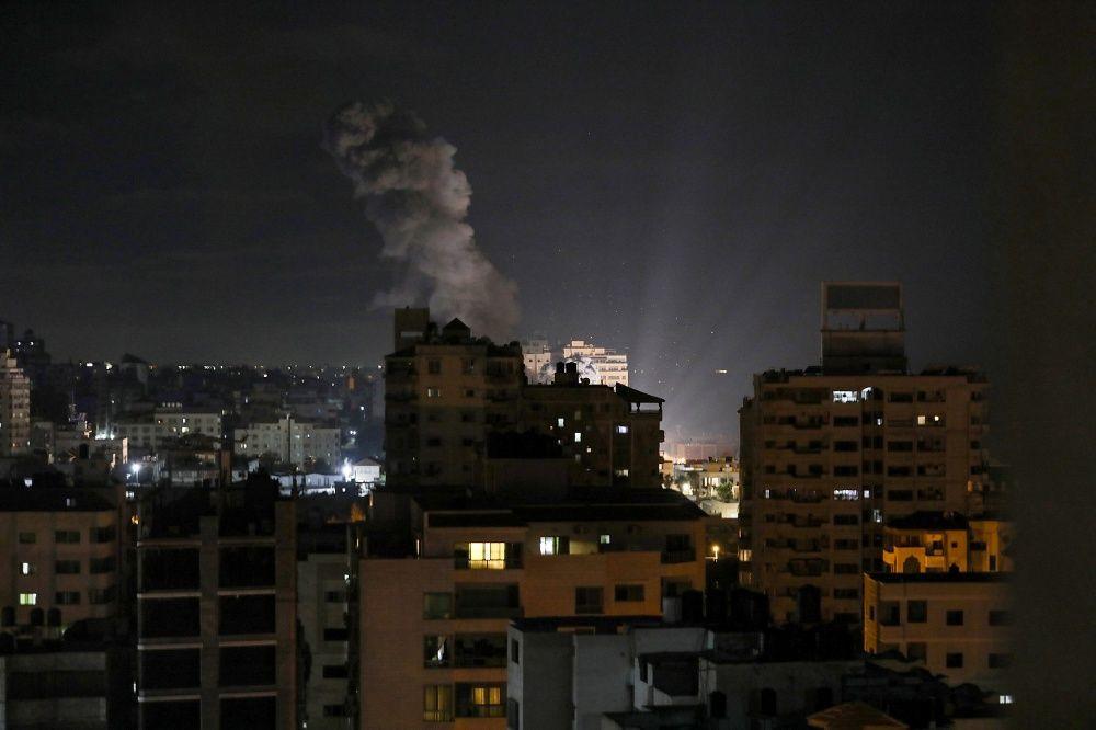 Hamas İsrail'e roket saldırısı düzenledi - Sayfa 2