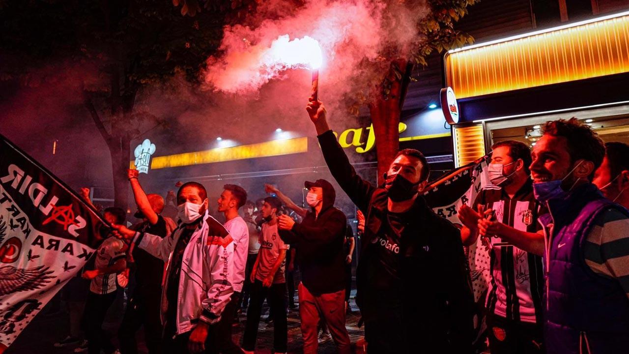 Beşiktaş'ta pandeminin gölgesinde kutlama