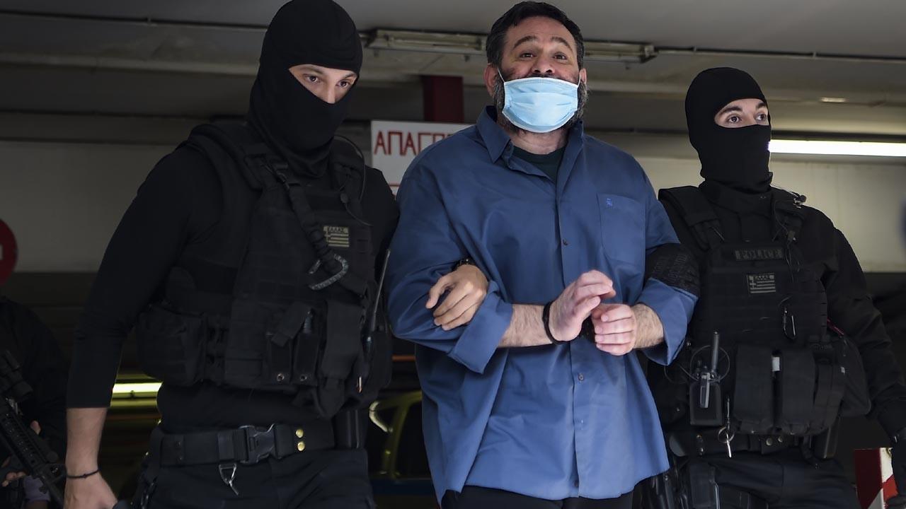 Brüksel'de tutuklanan ırkçı Yunan milletvekili Atina'ya getirildi