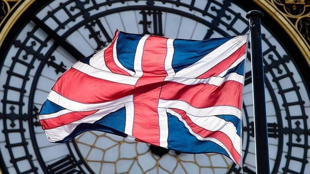 İngiltere'de imalat temmuz ayında biraz daha hız kaybetti