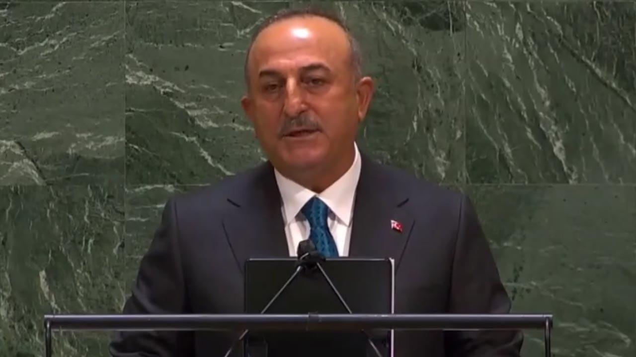 Mevlüt Çavuşoğlu: İsrail'in saldırıları savaş suçudur