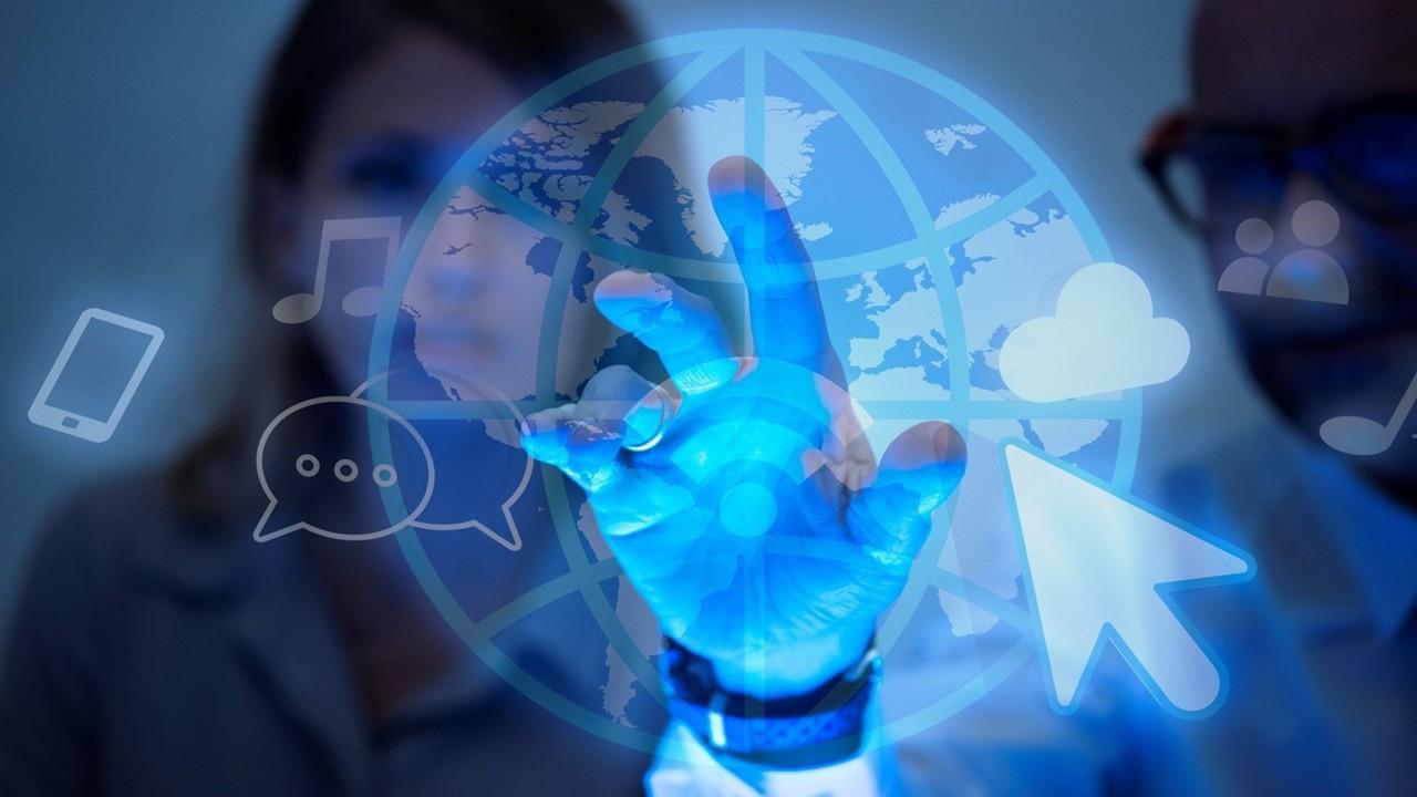 Teknoloji açığı 210 milyar doları aştı